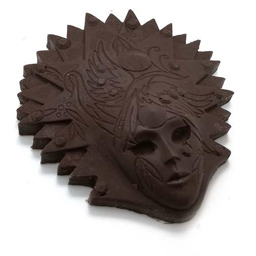5 diverse forme e mascherine fatte con cioccolato fondente 60%